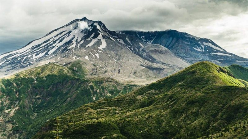 A Virtual Before and After of Mt. St. Helens